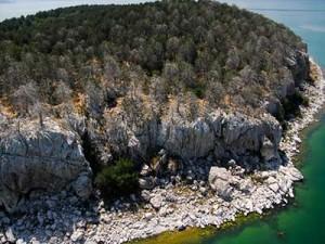 Остров на змиите - Преспанско езеро